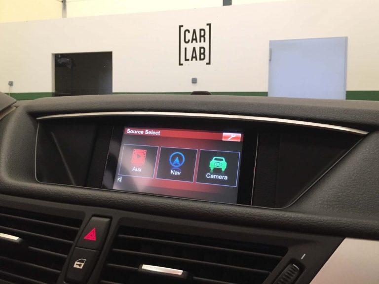 multimedia pantalla tactil en BMW X1