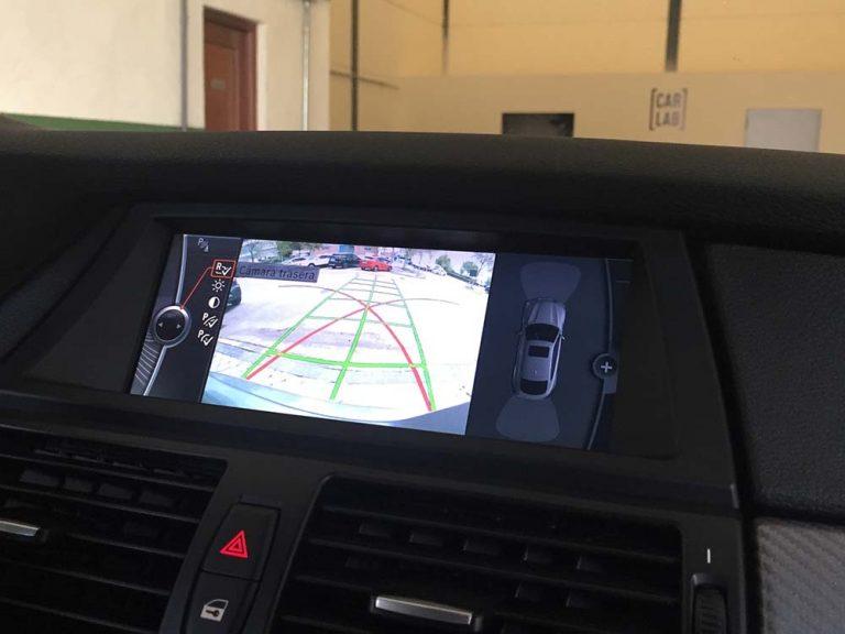 BMW X6 CIC pantalla camara trasera