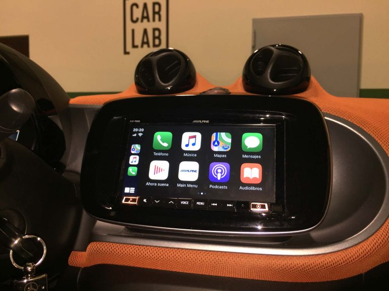 Instalación de Apple CarPlay en Smart Forfour